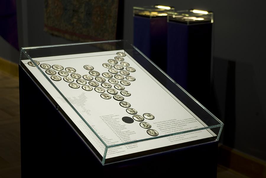 wywyzszeni-exhibition-muzeum-narodowe-warszawa-04